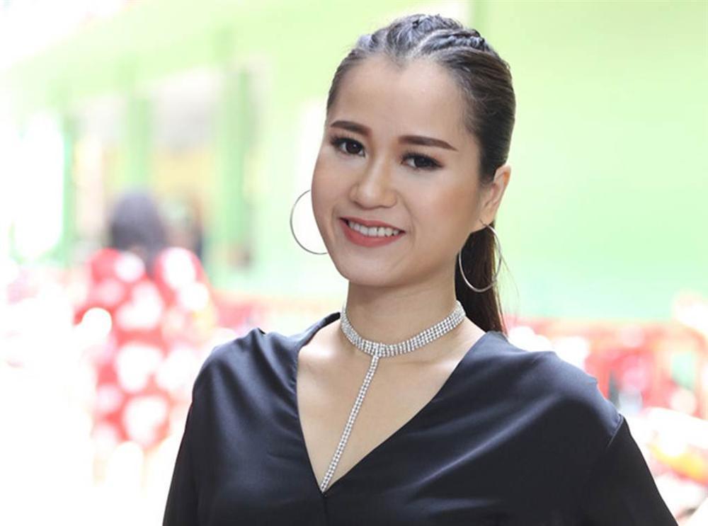 Phản ứng trái ngược của vợ sao Việt khi chồng phải đóng cảnh nóng-4