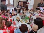 Dân mạng hết hồn với bàn tiệc cưới toàn búp bê Kumanthong