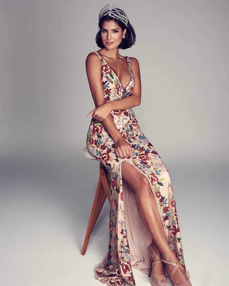 Nhắn tin làm quen đối thủ Brazil tại Miss Universe 2019, Hoàng Thùy nhận cái kết bất ngờ từ cực phẩm mỹ nhân-6