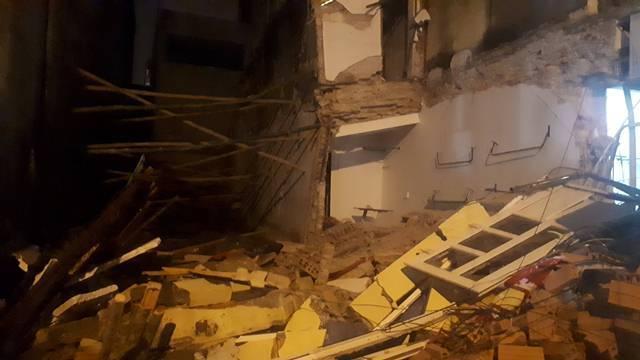 Nhà 2 tầng ở Thanh Hóa bất ngờ đổ sập trong đêm-3