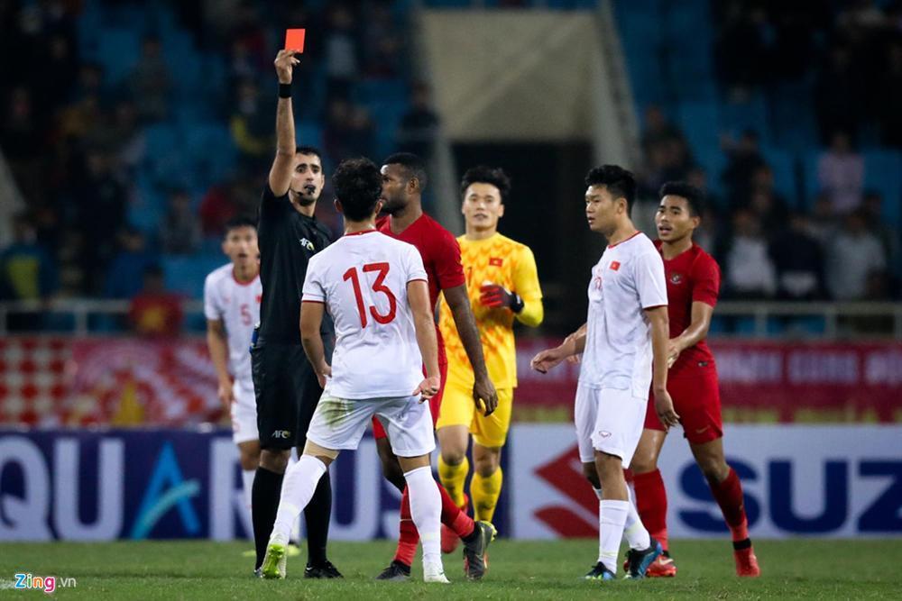 Sao trẻ U23 Việt Nam khiêu khích tiền đạo dính thẻ đỏ của Indonesia?-2