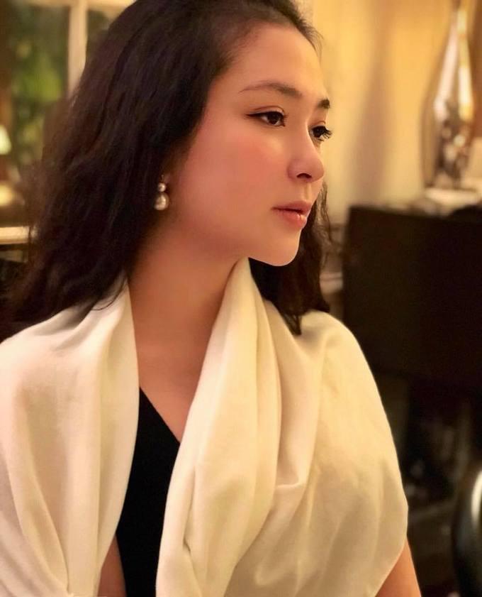 Nhan sắc Hoa hậu Nguyễn Thị Huyền sau 15 năm đăng quang-2