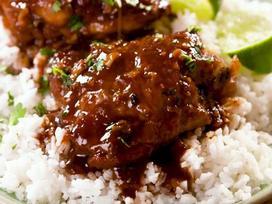 Tối nay ăn gì: Đùi gà nấu chậm kiểu Hàn Quốc với nước sốt tuyệt hảo