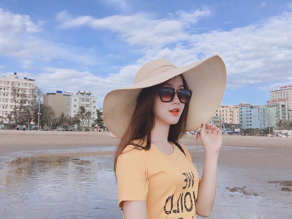 Đã tìm ra info gái xinh gây náo loạn mạng xã hội khi đi cổ vũ U23 Việt Nam tại Mỹ Đình-9