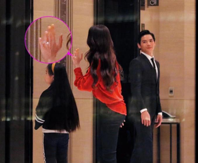 Con trai ông trùm Hong Kong bất ngờ cầu hôn tình cũ Seungri-11