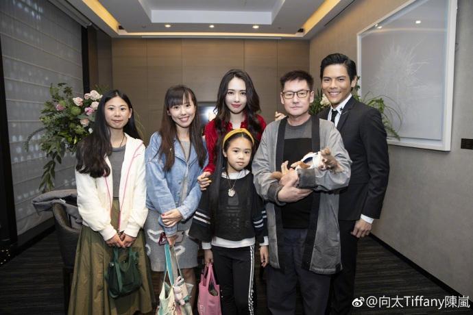 Con trai ông trùm Hong Kong bất ngờ cầu hôn tình cũ Seungri-8