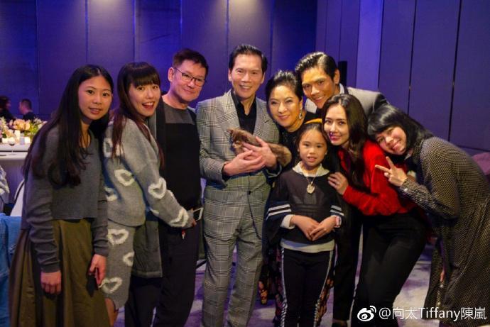 Con trai ông trùm Hong Kong bất ngờ cầu hôn tình cũ Seungri-9