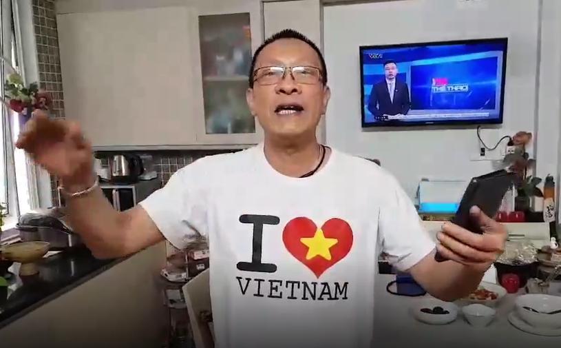 MC Lại Văn Sâm hát chế Tóc em đuôi gà cực hài cực máu lửa tặng HLV Park Hang-seo sau chiến thắng lịch sử-3