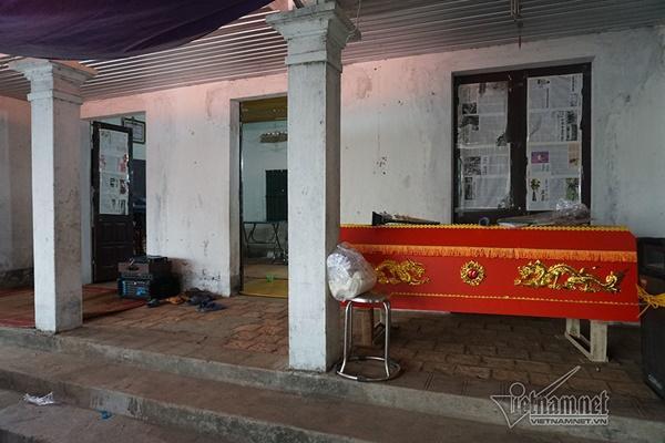 Tai nạn 7 người chết: Đại tang cả thôn, khăn trắng phủ kín đường làng-5