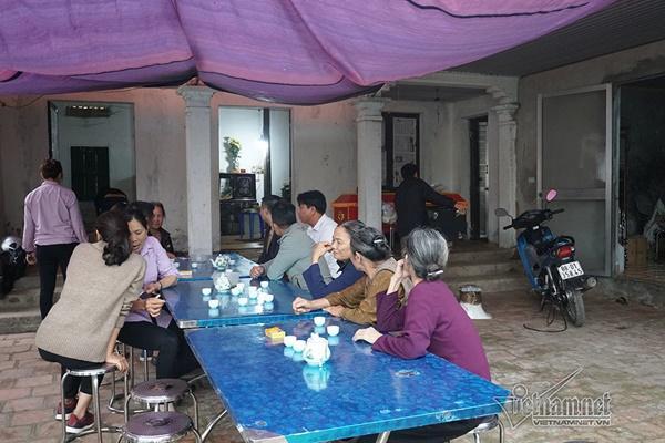 Tai nạn 7 người chết: Đại tang cả thôn, khăn trắng phủ kín đường làng-7