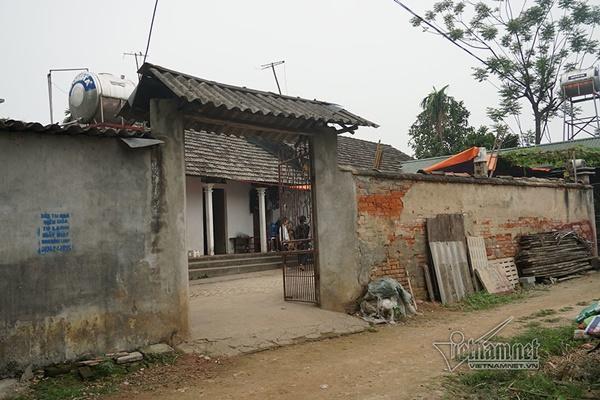 Tai nạn 7 người chết: Đại tang cả thôn, khăn trắng phủ kín đường làng-8