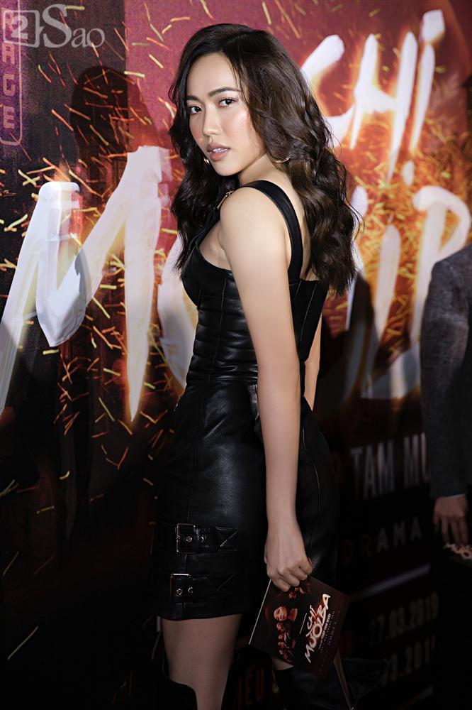 Thu Trang và Diệu Nhi diện đầm bốc lửa ra mắt phim Chị Mười Ba-5