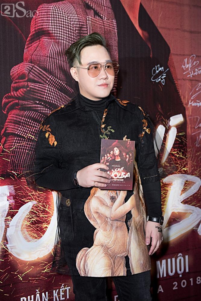 Thu Trang và Diệu Nhi diện đầm bốc lửa ra mắt phim Chị Mười Ba-9