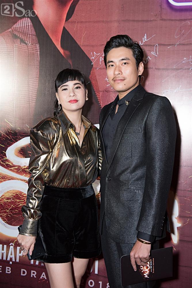 Thu Trang và Diệu Nhi diện đầm bốc lửa ra mắt phim Chị Mười Ba-15