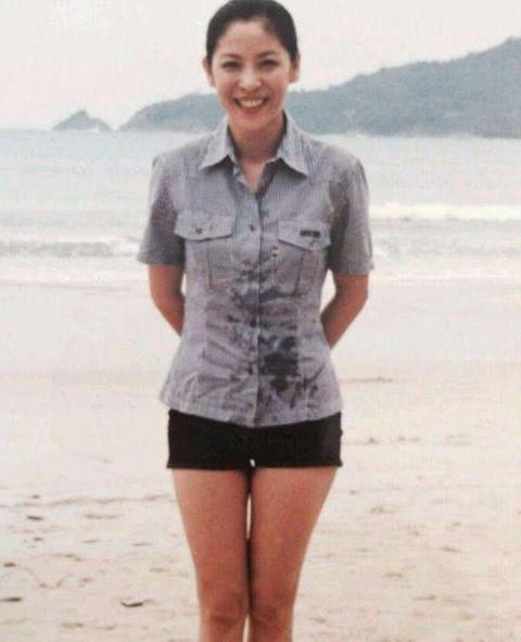 Bà trùm showbiz Hong Kong - mỹ nhân khiến Châu Tinh Trì sợ hãi-2