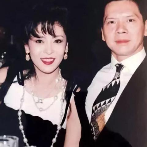 Bà trùm showbiz Hong Kong - mỹ nhân khiến Châu Tinh Trì sợ hãi-3
