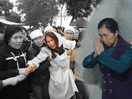 Mẹ tài xế tông chết 7 người đi đám ma: 'Hãy tha thứ cho con chúng tôi'