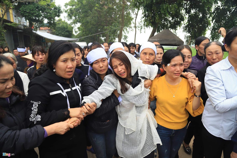 Mẹ tài xế tông chết 7 người đi đám ma: Hãy tha thứ cho con chúng tôi-7
