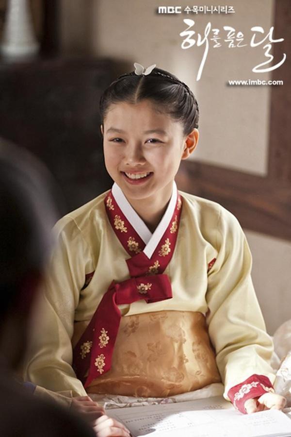5 diễn viên nhí trở thành nam nhân, mỹ nữ của điện ảnh xứ Hàn-4