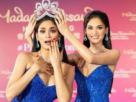 Người thật và tượng sáp giống đến kinh ngạc, đố bạn chỉ chính xác ai là Hoa hậu Hoàn vũ Pia
