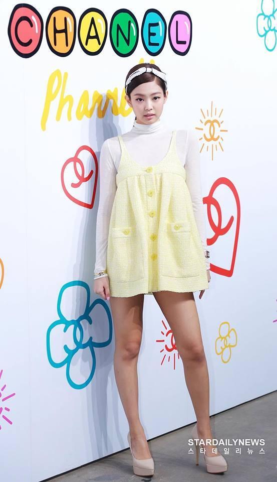 Cùng dự một sự kiện, Black Pink Jennie bị chê quê mùa kém sang khi đứng cạnh SNSD Yoona-1