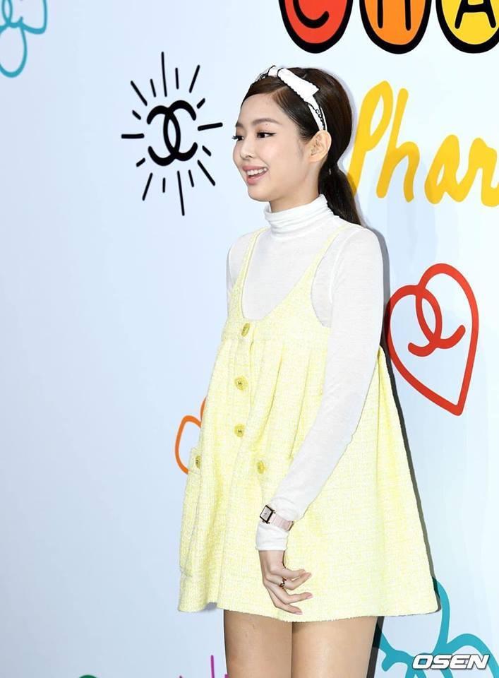 Cùng dự một sự kiện, Black Pink Jennie bị chê quê mùa kém sang khi đứng cạnh SNSD Yoona-3