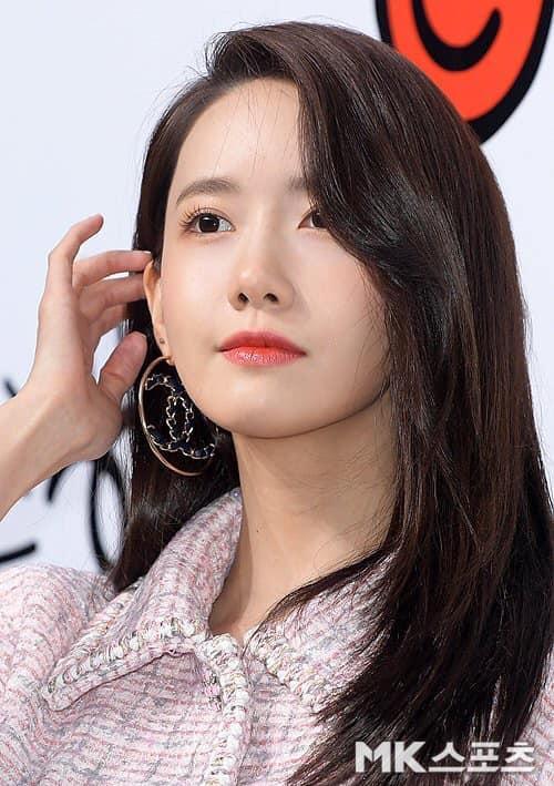 Cùng dự một sự kiện, Black Pink Jennie bị chê quê mùa kém sang khi đứng cạnh SNSD Yoona-7