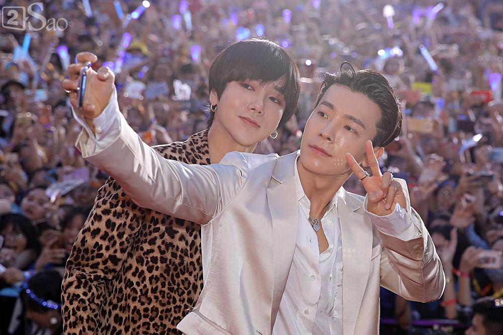 Tưởng hết thời, có ai ngờ đâu Super Junior vẫn chẳng khác nào ông hoàng trên thảm đỏ-4