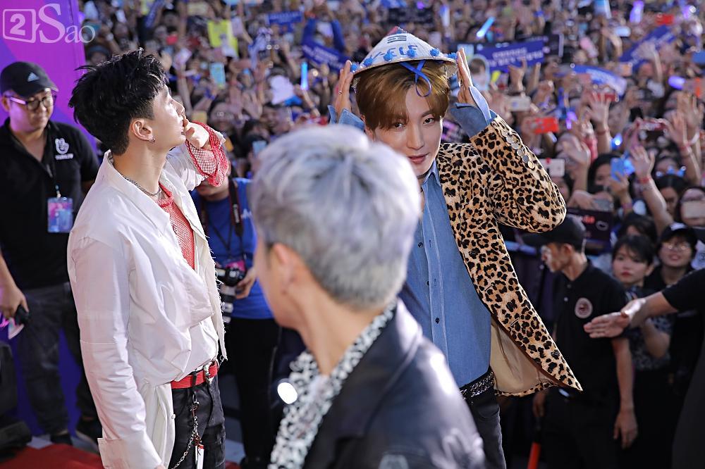 Tưởng hết thời, có ai ngờ đâu Super Junior vẫn chẳng khác nào ông hoàng trên thảm đỏ-6