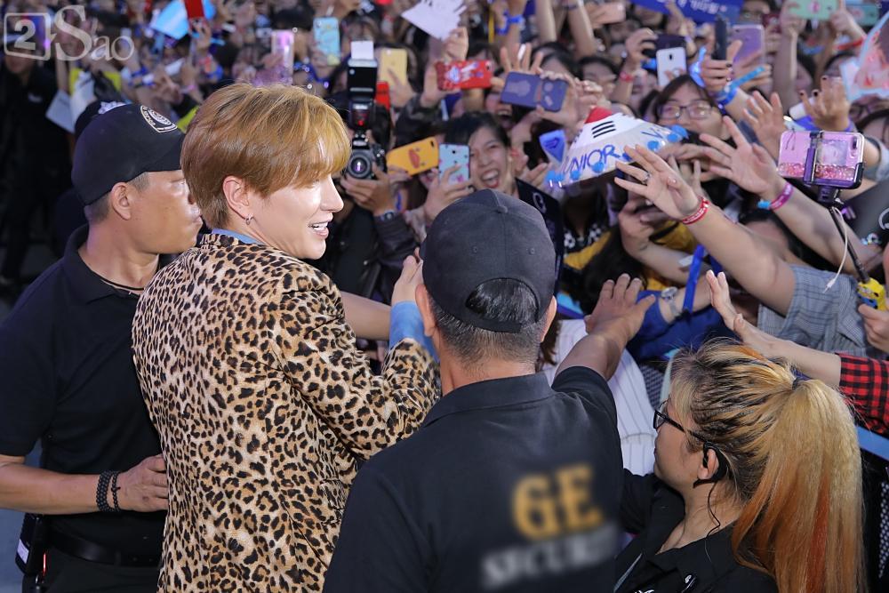 Tưởng hết thời, có ai ngờ đâu Super Junior vẫn chẳng khác nào ông hoàng trên thảm đỏ-7