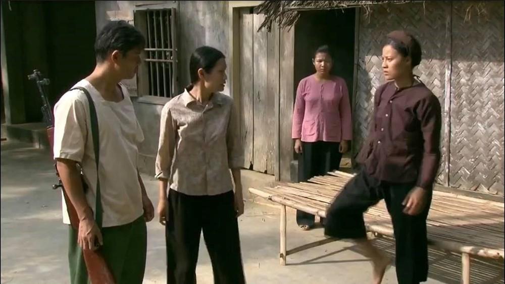 Chỉ vì mâu thuẫn cá nhân, những sao Việt này đã thẳng tay đánh bạn diễn trên phim trường-6