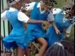 Bạo lực học đường: Đốt tóc, cưỡng hiếp và đánh đập dã man