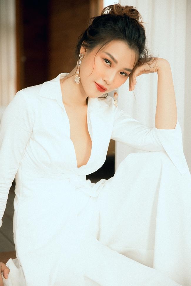 Sau Tháng năm rực rỡ, Hoàng Oanh lột xác với vai diễn mới toanh trong Ước hẹn mùa thu-6