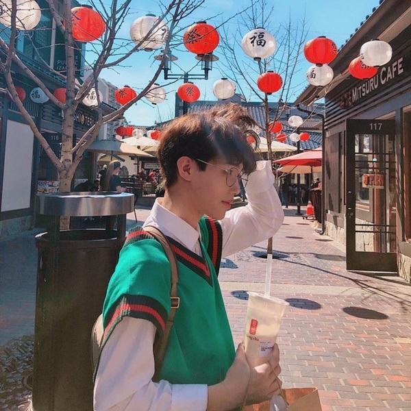 Lộ diện thành viên mới của rich kids Việt: Em ruột Trinh Hoàng, 15 tuổi, đẹp trai như nam thần-3
