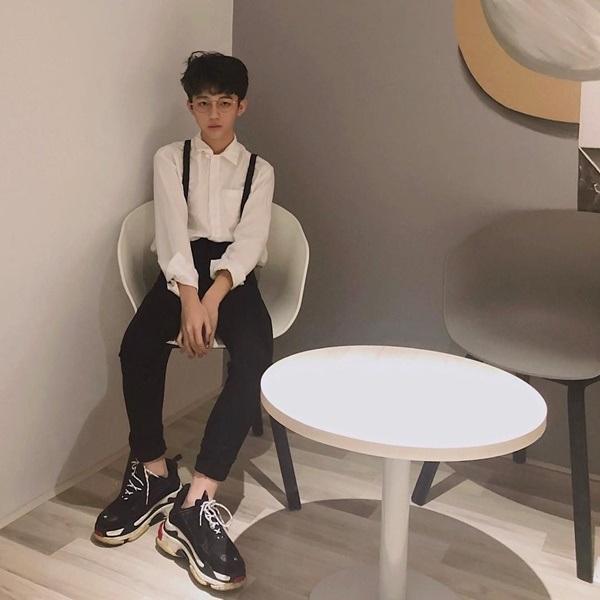 Lộ diện thành viên mới của rich kids Việt: Em ruột Trinh Hoàng, 15 tuổi, đẹp trai như nam thần-6
