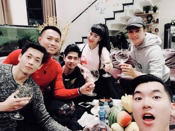 Cuộc sống của chàng lãng tử Trương Nam Thành ra sao từ khi kết hôn với vợ đại gia hơn 15 tuổi?-9