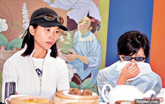 Chuyện về mẹ Thái Thiếu Phân, Trương Bá Chi nghiện cờ bạc, lừa con-2