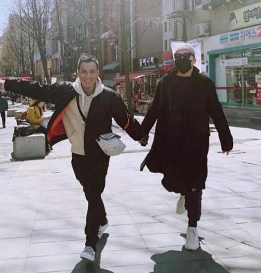 Tóc Tiên, Hoàng Touliver du lịch Hàn Quốc cùng vợ chồng Hạt Mít-2