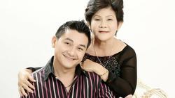 Nhận tin dữ con trai đột tử, mẹ Anh Vũ khóc òa: 'Thương con cả đời chỉ biết hiếu thảo'