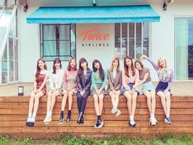 TWICE chính thức gia nhập cuộc chiến comeback tháng 4  với teaser 'biến hình' khiến fan đứng ngồi không yên