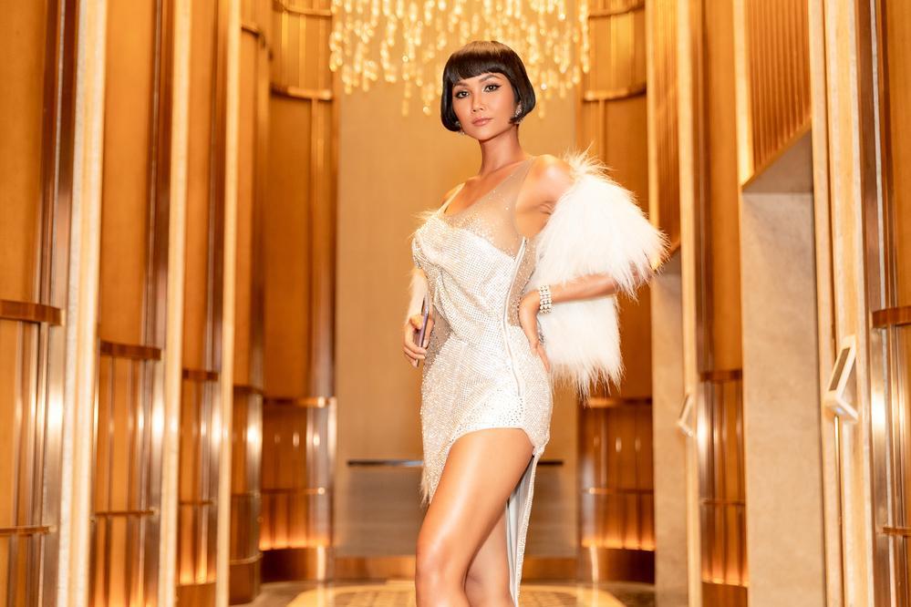 Chán tóc tém tomboy, Hoa hậu HHen Niê gây thích thú với kiểu tóc bob xinh tựa búp bê-7