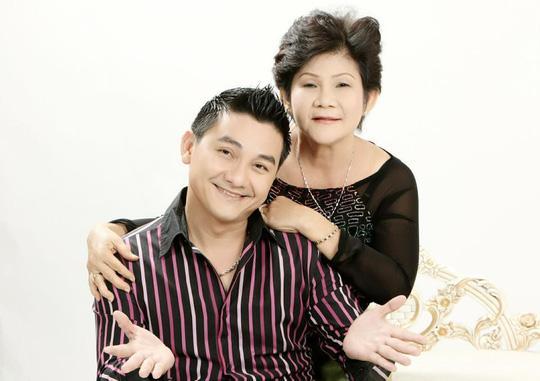 Gia đình cố nghệ sĩ Anh Vũ bật khóc khi đính chính lại thông tin không nhờ Hồng Vân quyên góp tiền-2