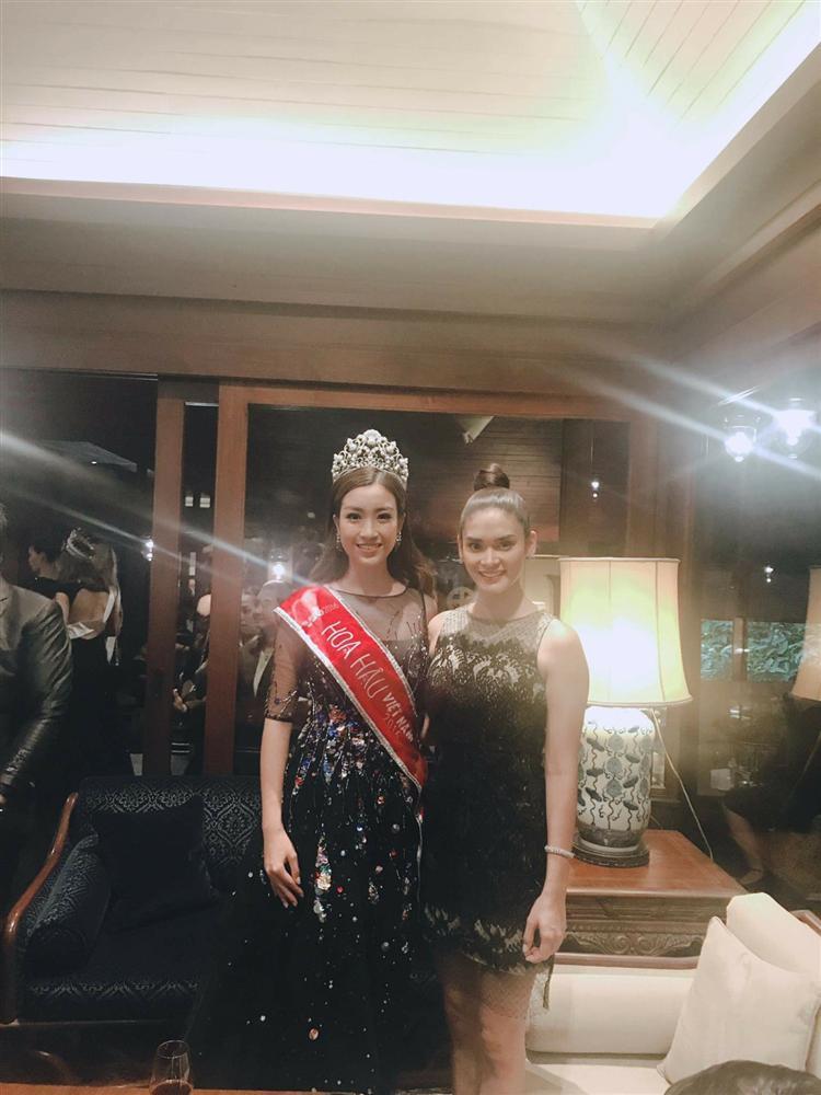 Đừng tưởng Hoa hậu Hoàn vũ Pia lùn mà dễ chặt, rất nhiều mỹ nhân Việt đình đám thần thái vẫn kém xa cô ấy-11