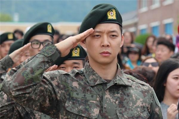 Hôn thê cũ bị bắt giữ, phim vận vào đời Park Yoochun?-2
