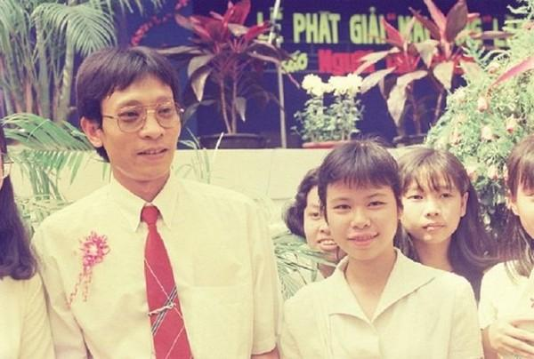 MC Lại Văn Sâm lần đầu tiết lộ chuyện phải bỏ con 2 tuổi ở Việt Nam để sang nước ngoài lao động vì thất nghiệp-1