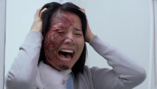 Muôn kiểu đánh ghen trên phim Việt: người ăn liên hoàn tát, kẻ hứng trọn can axit-8