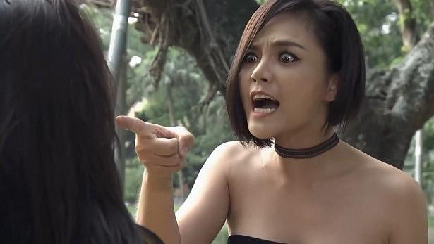 Muôn kiểu đánh ghen trên phim Việt: người ăn liên hoàn tát, kẻ hứng trọn can axit-3
