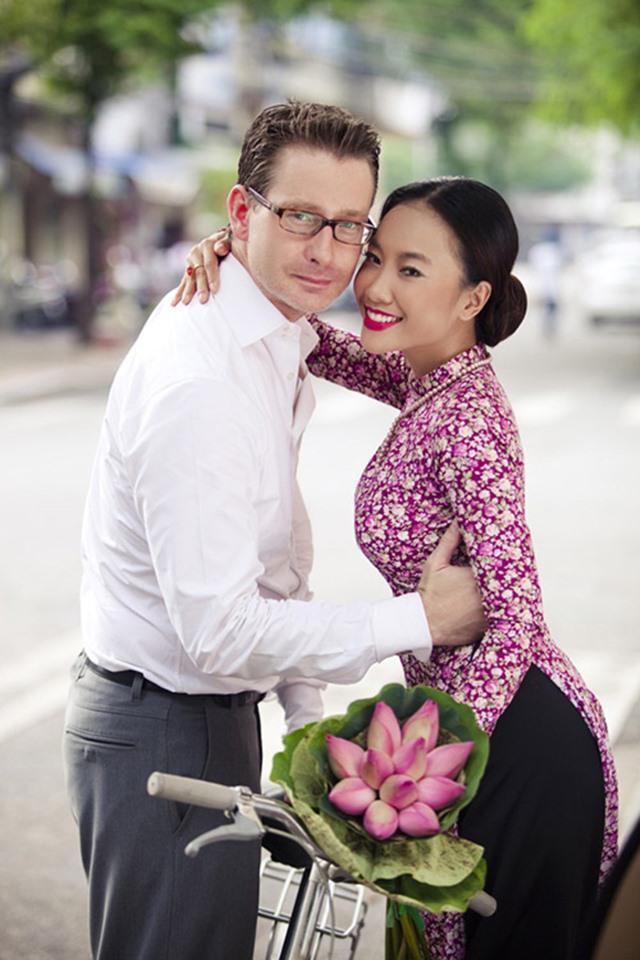 Người đẹp Việt và những cuộc tình kẻ khóc người cười với chồng Tây-7
