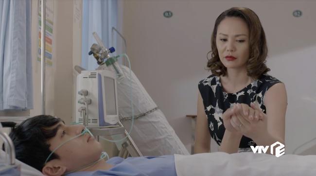 Chia tay nữ đại gia già, Bình An trở lại với kiếp sống nghèo khổ-1