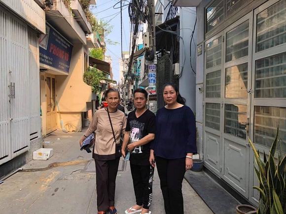 Sự thật việc Cát Phượng thả icon mặt cười dưới status mà NSND Hồng Vân chia sẻ về Anh Vũ-3